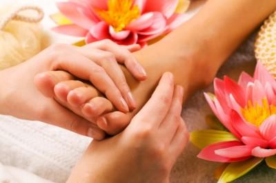 Чем же конкретно полезен массаж ног и ступней?